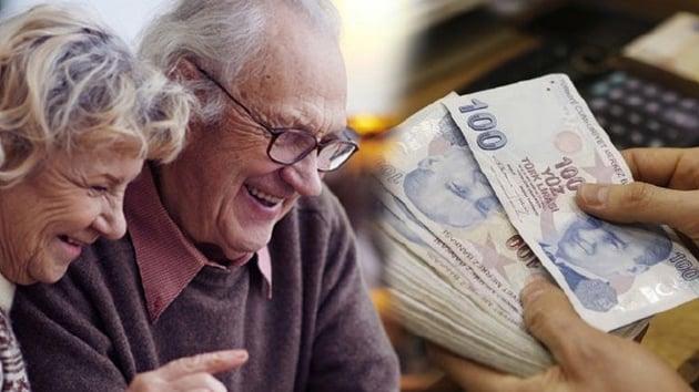 """Emekli olabilecek sigortalılara yönelik """"kredi iş birliği protokolü"""" imzalandı"""