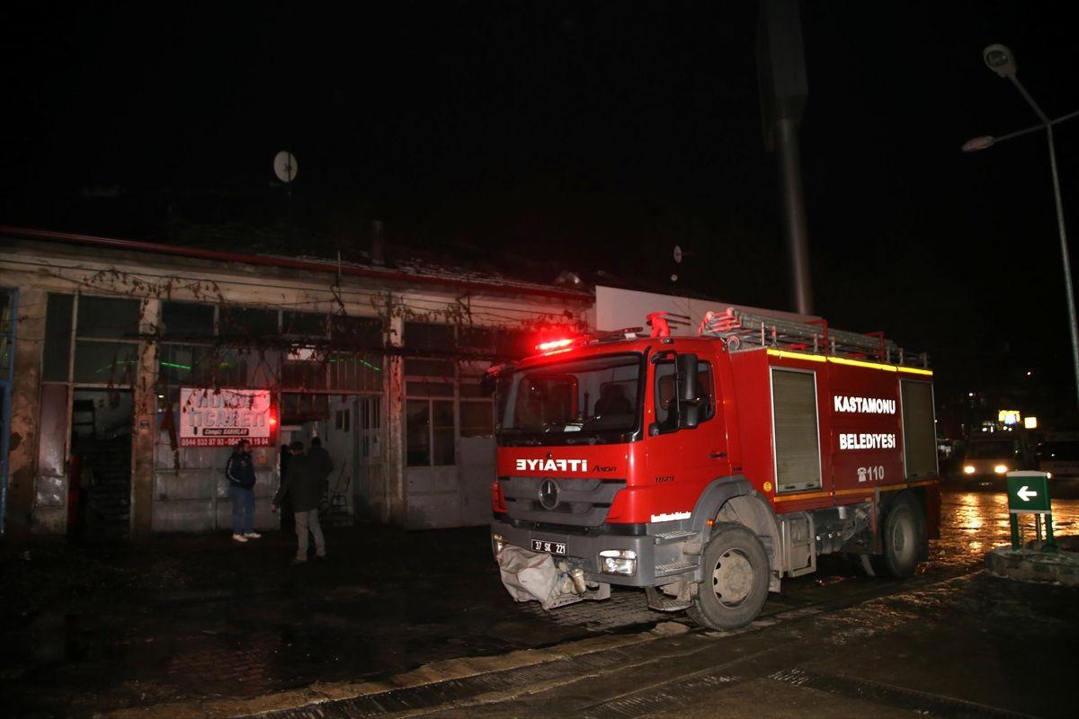 Kastamonu'da sanayi sitesindeki yangın
