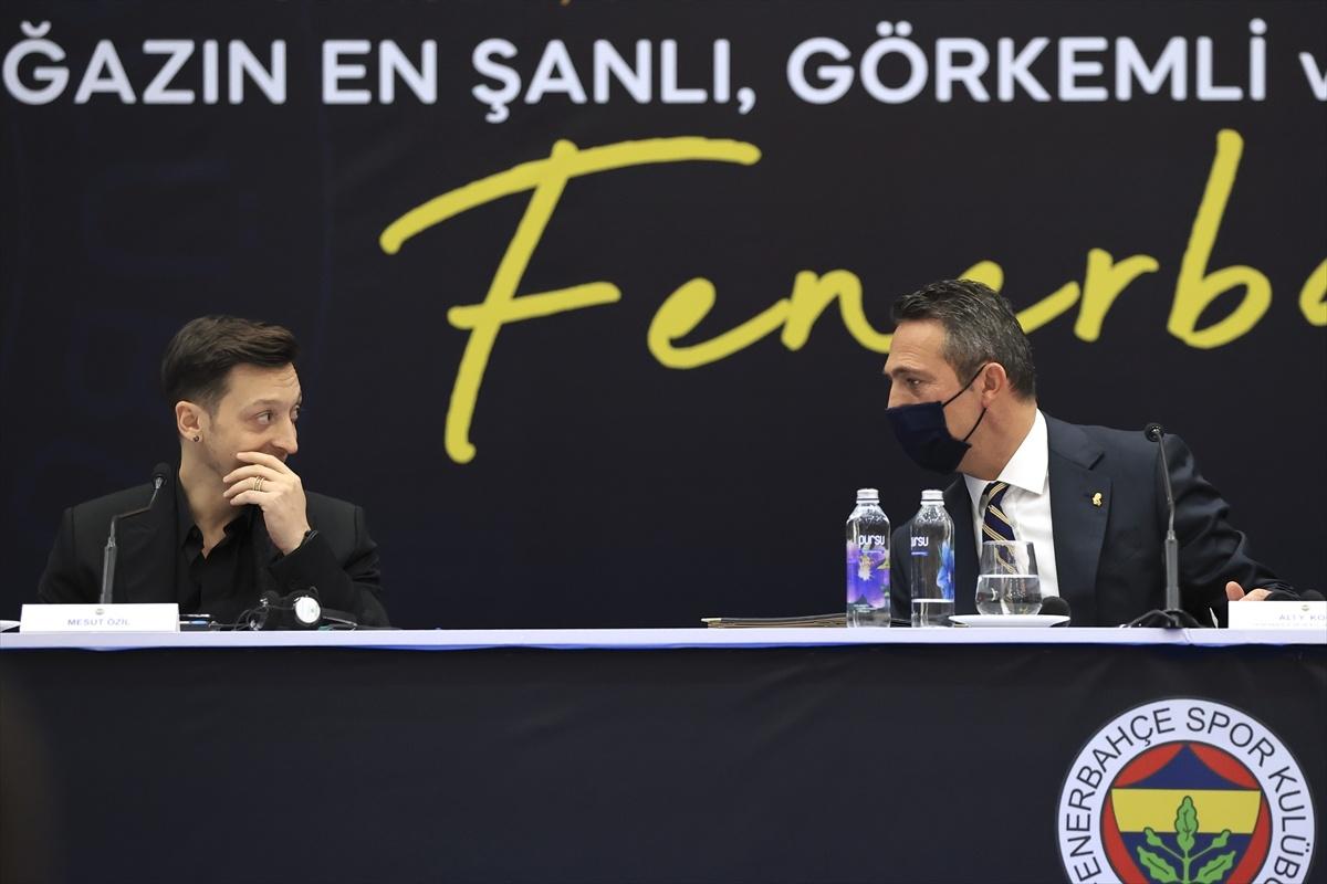 Mesut Özil kendini fenerbahçeli yapan sözleşmeyi imzaladı