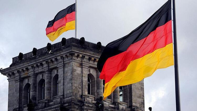 Almanya'da perakende satışlarda Kovid-19'a rağmen 26 yılın en güçlü artışı