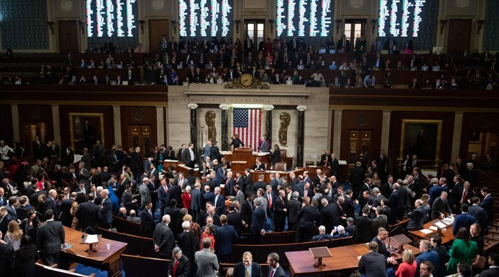ABD Temsilciler Meclisindeki Trump'a yönelik azil oturumu başladı