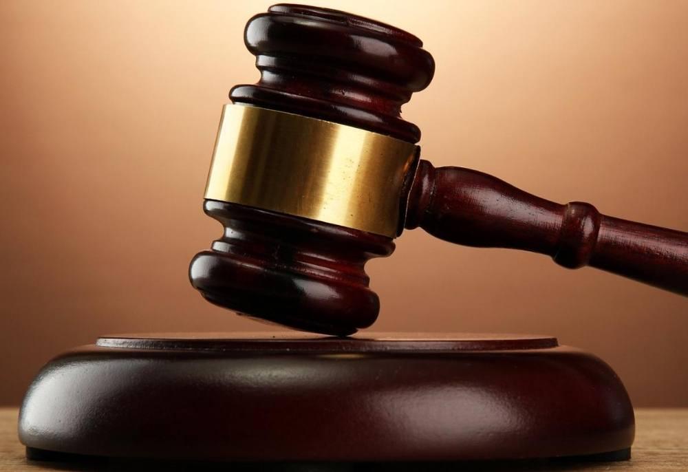 Eşini tornavidayla öldürmeye teşebbüs eden sanık 10 yıl hapisle cezalandırıldı