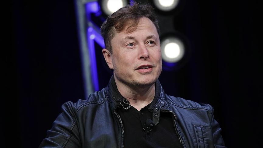 Elon Musk, Amazon'un kurucusu Jeff Bezos'u geçerek dünyanın en zengin insanı oldu