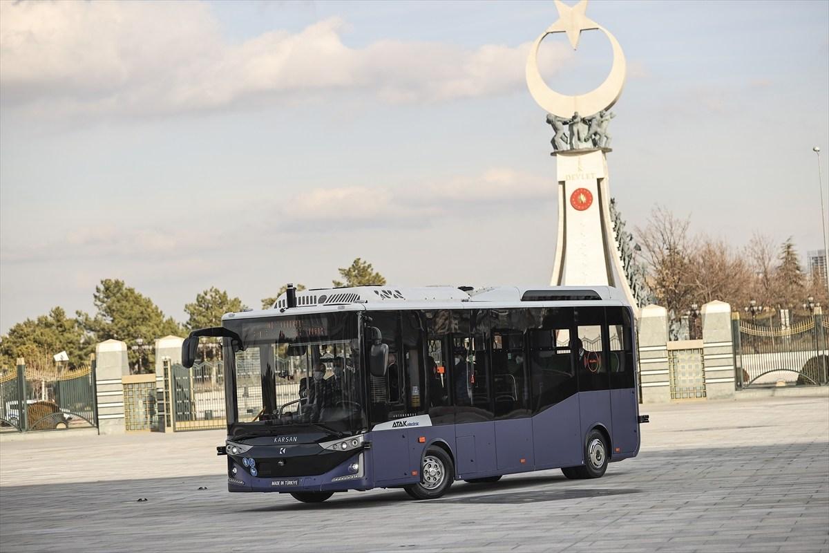 """Elektrikli ve sürücüsüz otobüs """"Otonom Atak Electric"""""""