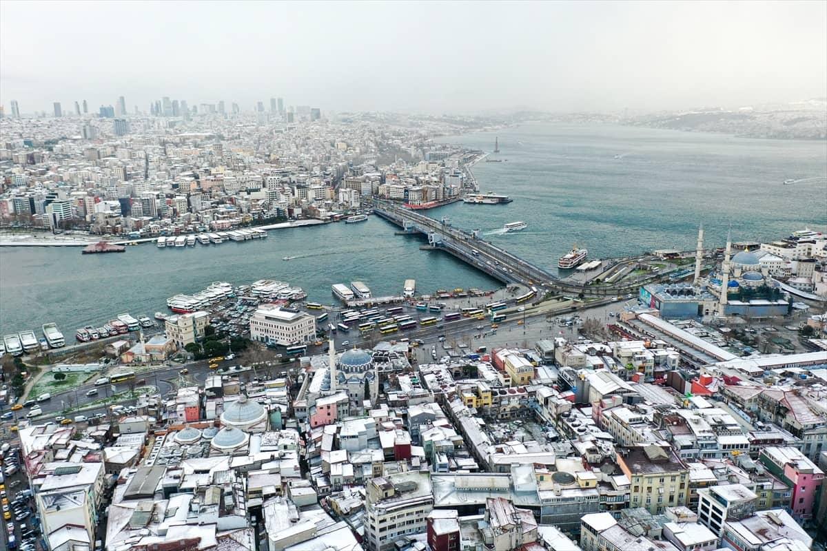 İstanbul karlar altında bir başka güzel