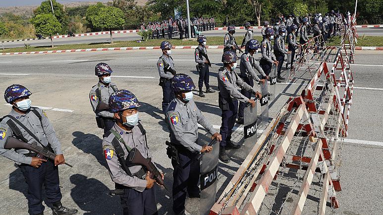 Myanmarordusu yönetime el koydu
