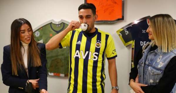 İrfan Can Kahveci'nin hedefi önce Fenerbahçe'de başarı olmak