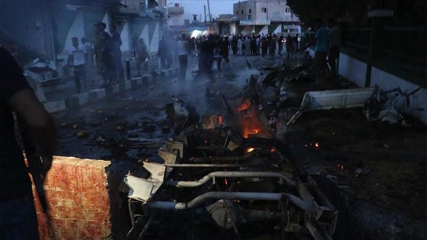 Tel Rıfat'ta yuvalanan YPG/PKK'lı teröristler Afrin'e roketle saldırdı: 10 yaralı