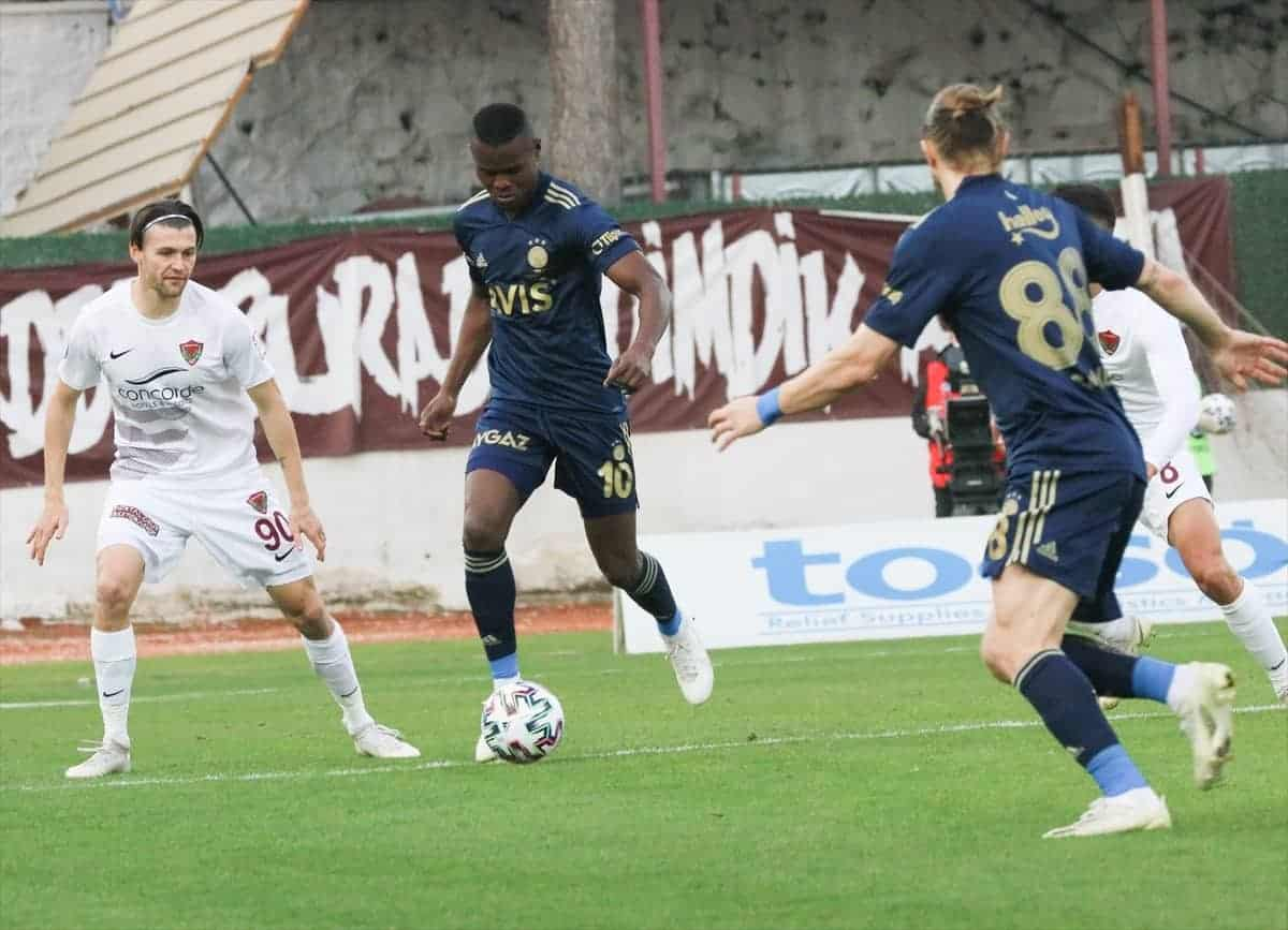 Fenerbahçe Hatayspor'u 2-1 mağlup etti
