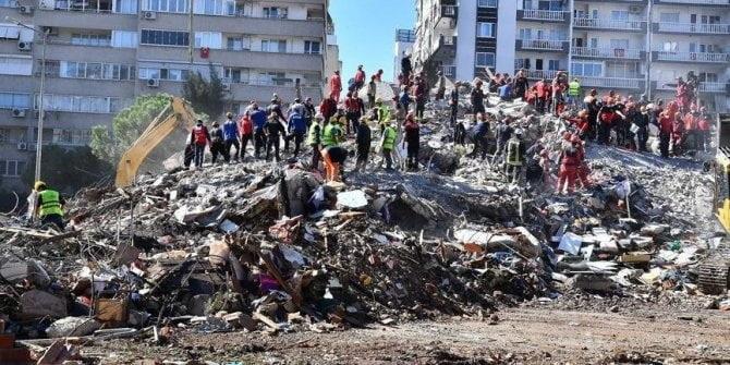 """Elazığ ve İzmir depremlerinin """"mucize""""leri"""