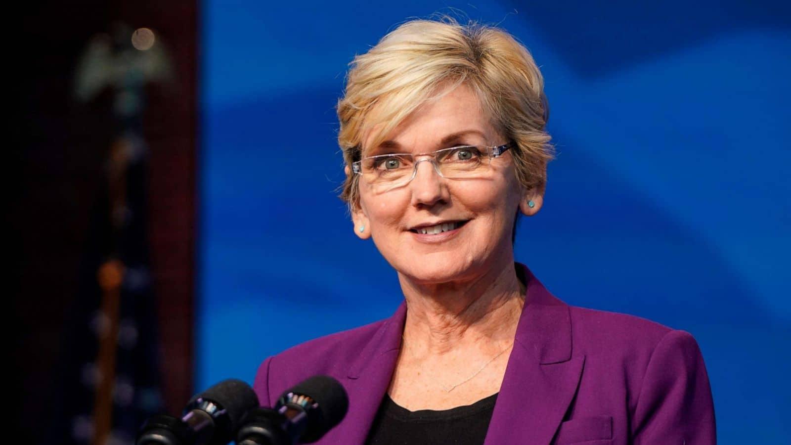 ABD Senatosu Jennifer Granholm'un onayladı