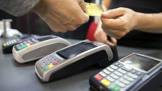 Bilgilerini ele geçirdikleri vatandaşlar adına kredi kartı çıkaran 2 kişi yakalandı