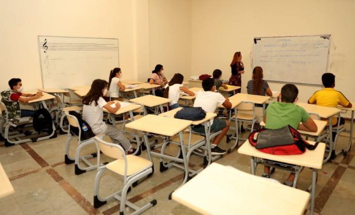 Diyarbakır'da 6 dilde eğitim veriliyor