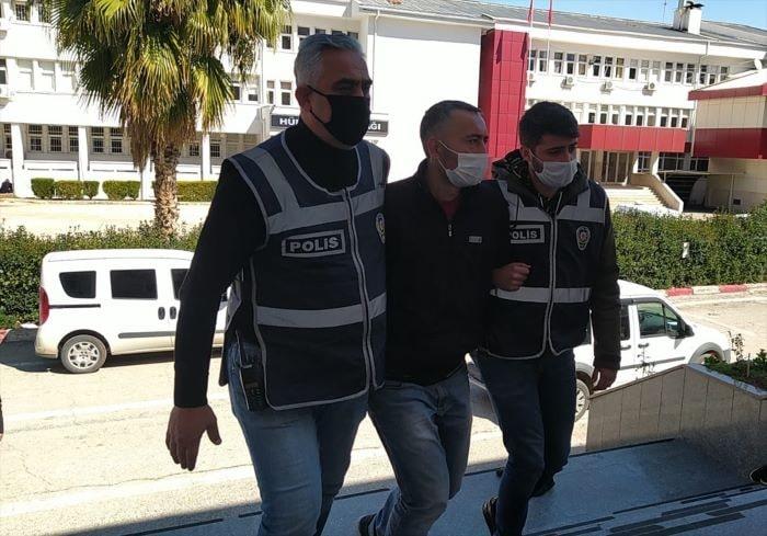 Adana'da ATM'de zorla  para gasp eden yakalandı