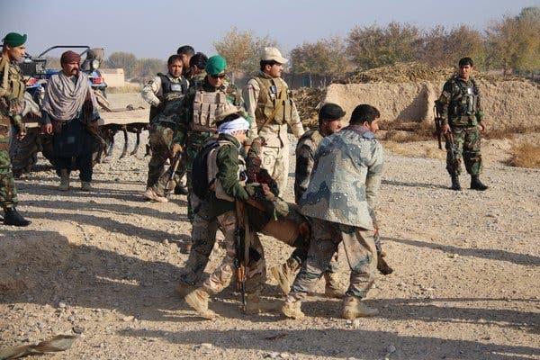 Afganistan'da ilçe emniyet müdürü Taliban ile çatışmada öldü