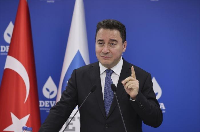 Babacan'dan hükümete reform eleştirisi