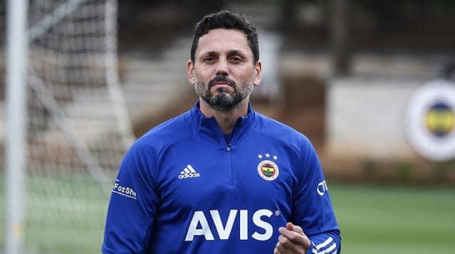 Fenerbahçe de Erol Bulut'un görevine son verildi