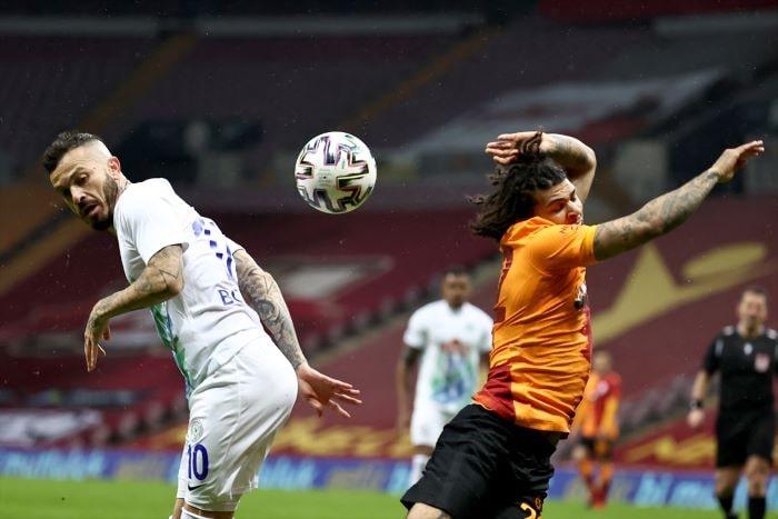 Galatasaray şampiyonluk yolunda yara aldı