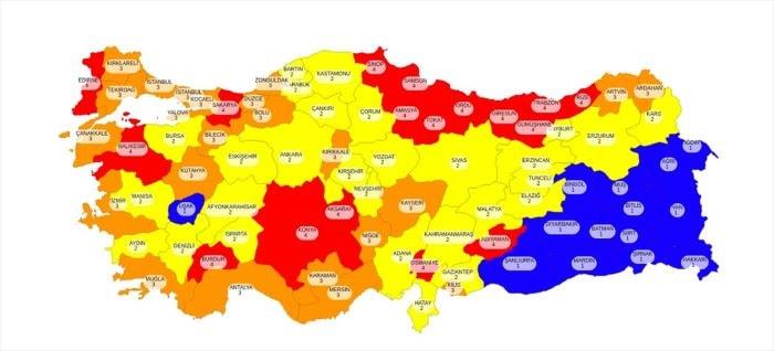 Koca, kovid-19 risk haritasını açıkladı