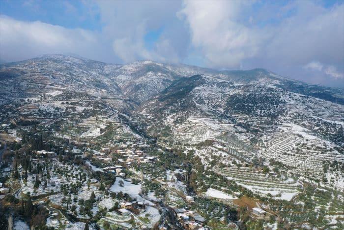 İzmir'in Ödemiş ilçesine kar yağdı