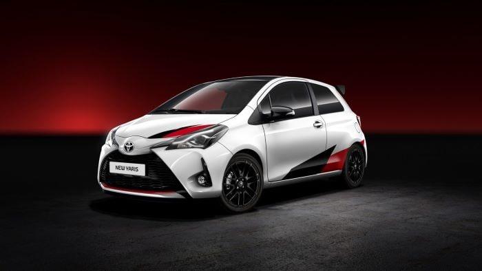 """Toyota Yaris """"Yılın Otomobili"""" seçildi"""