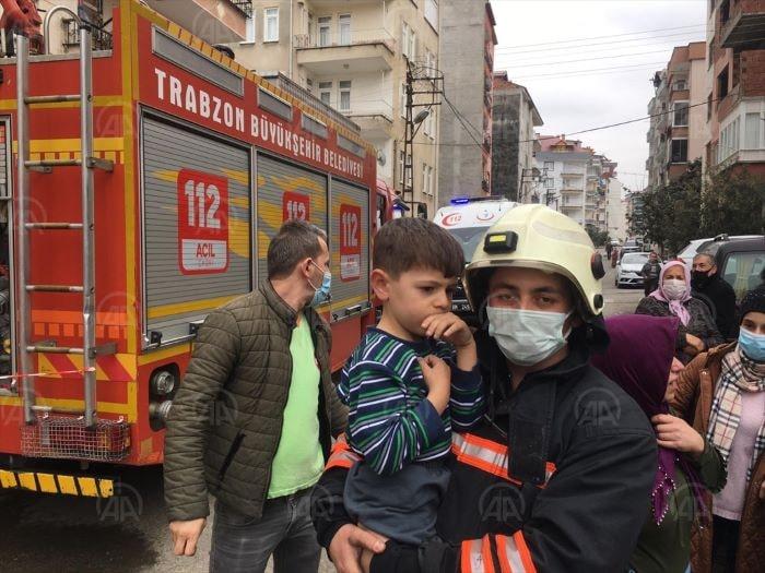 Trabzon'da bir evde yangın çıktı