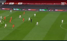Türkiye Hollanda'yı dağıttı: 4-2