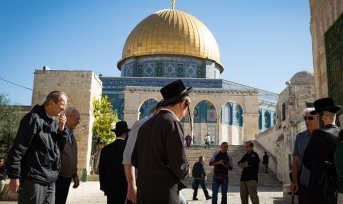 Yahudiler'in Mescid-i Aksa'ya baskınlarıartarak devam ediyor.
