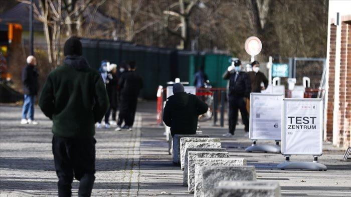 Almanya'da Kovid-19'dan ölenlerin sayısı 80 bine ulaştı