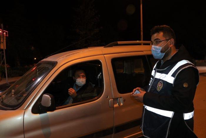 Burdur'da karantinaya uymayanlar yurda yerleştirildi