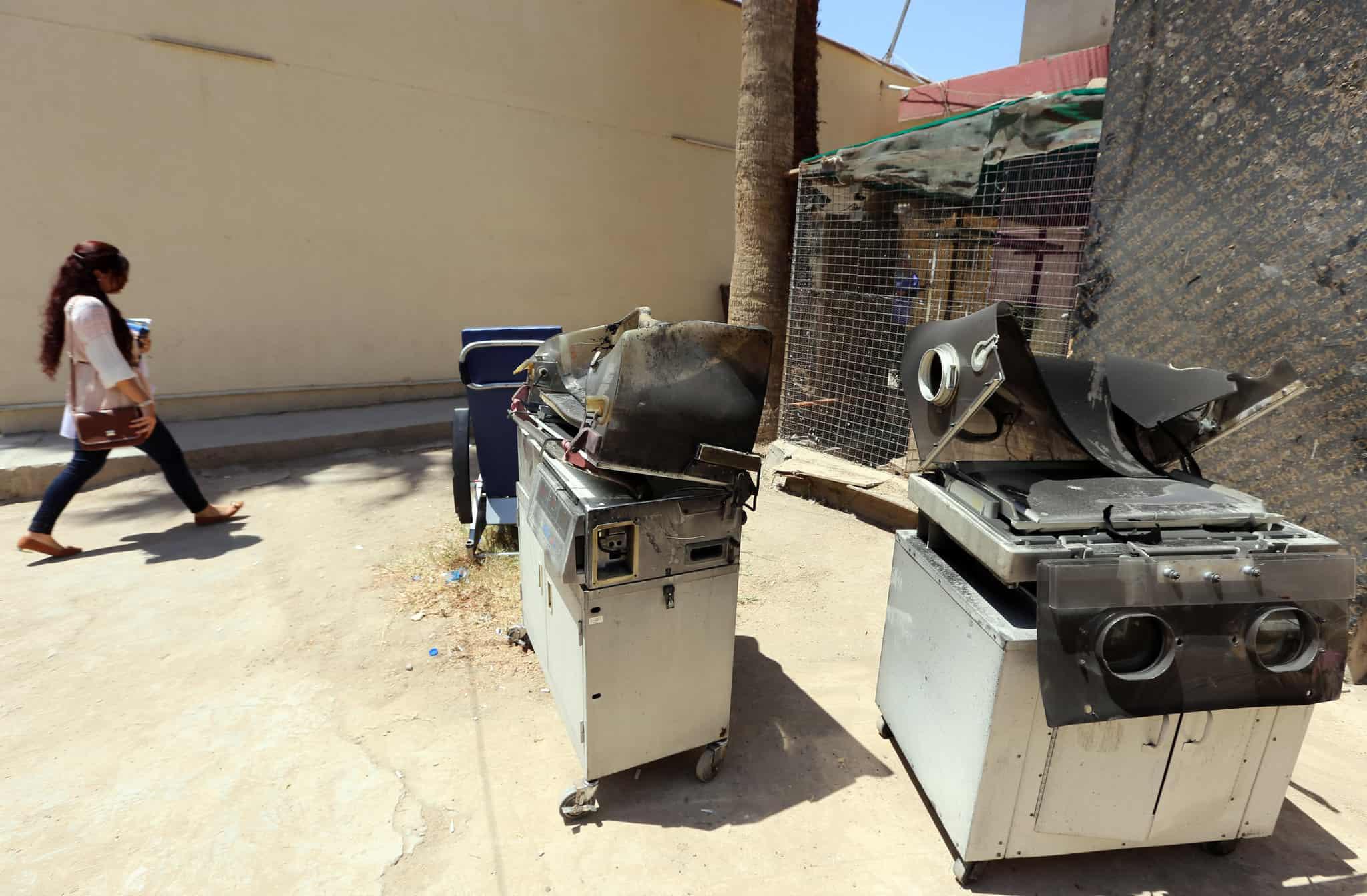 Bağdat'ta hastanede yangın: 20 ölü