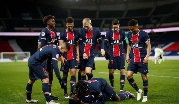 PSG, Strasbourg'u 4-1 yendi