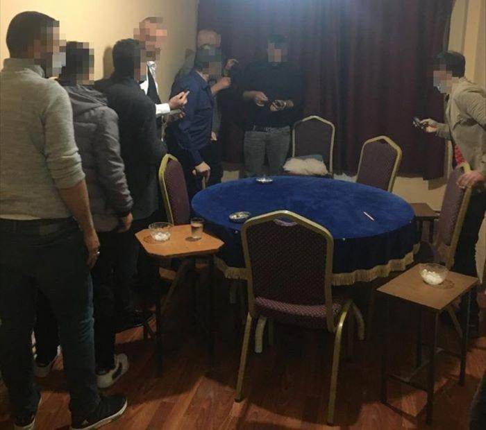 Sivas'ta evde kumar oynayanlara ceza kesildi