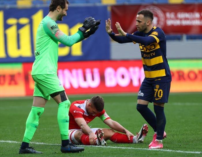Ankaragücü Antalyaspor'u 1-0 mağlup etti