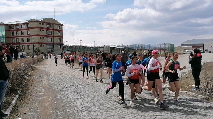Atletizmi Geliştirme Projesi 2. Kademe Yarışları yapıldı