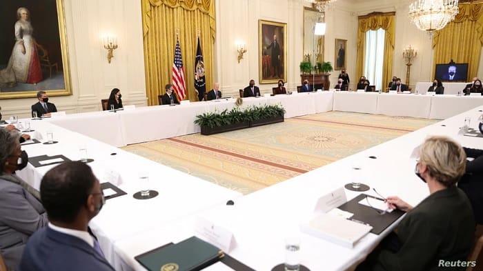Biden'dan, ilk kabine toplantısı