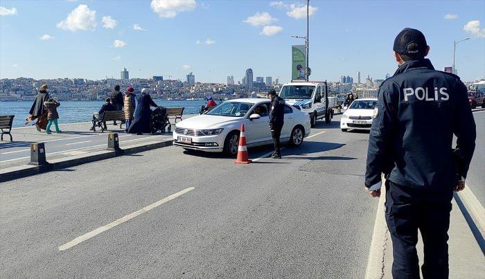 İstanbul'da sokak kısıtlamasında denetimler sürüyor