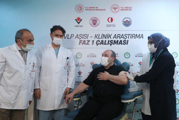 Varank Kovid-19 aşısı için gönüllü oldu