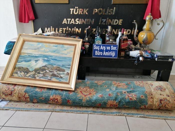 Antalya'da villalardan antika eşya çalan zanlı tutuklandı