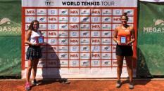 Milli tenisçi Doğa Türkmen, Antalya'da çiftler şampiyonu oldu