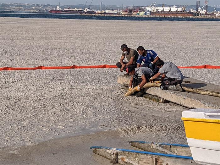 Marmara Denizi'nde 4 günde 1197 metreküp müsilaj temizlendi