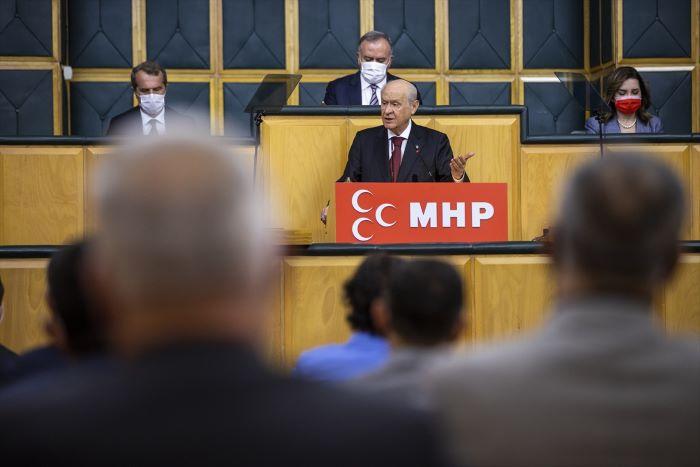 Bahçeli'den İçişleri Bakanı Soylu'ya destek