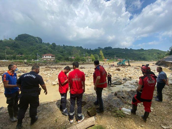 Düzce'de mahsur kalan 47 kişi kurtarıldı