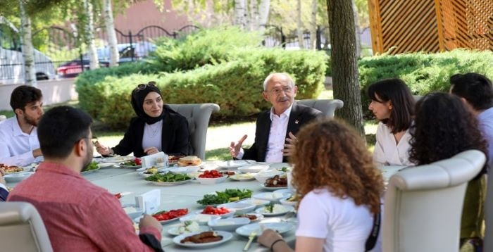 Kılıçdaroğlu, ODTÜ'lü öğrencilerin sorularını yanıtladı