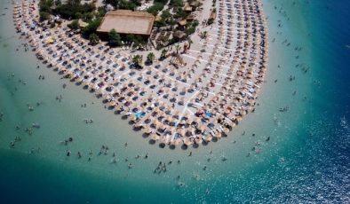 Muğla'nın turistik ilçelerinin sahillerinde yoğunluk yaşanıyor