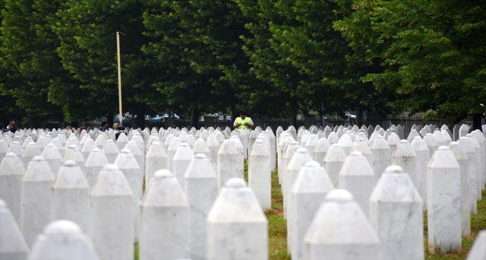 Srebrenitsa soykırımının 26. yıldönümü