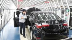 """Toyota """"dünyanın en çok araç satan üreticisi"""""""