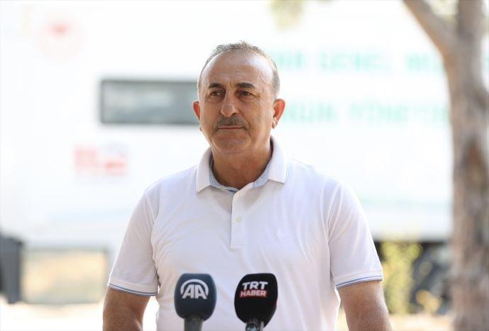 Çavuşoğlu, Manavgat Yangın Yönetim Merkezi'nde konuştu