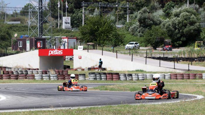 Kocaeli'de otomobil ve karting yarışları heyecanı yaşanıyor