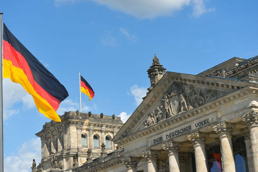 Almanya'da yaşlanan nüfus ekonomik büyümeyi yavaşlatıyor